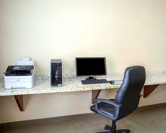 Business Center Hotels Motels Amenities Newly Remodeled Free WiFi Free Continental Breakfast Quality Inn and Suites Houston NASA La Porte TX Reasonable Affordable Rates Amenities Hotels Motels Lodging Accomodations Great Amenities La Porte Texas