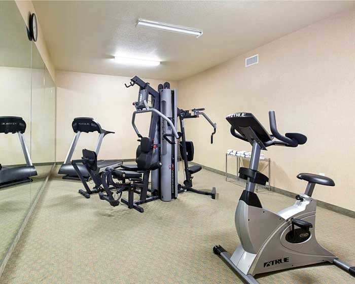 Fitness Room Quality Inn and Suites La Porte Houston Texas Cheap Lodging in La Porte NASA