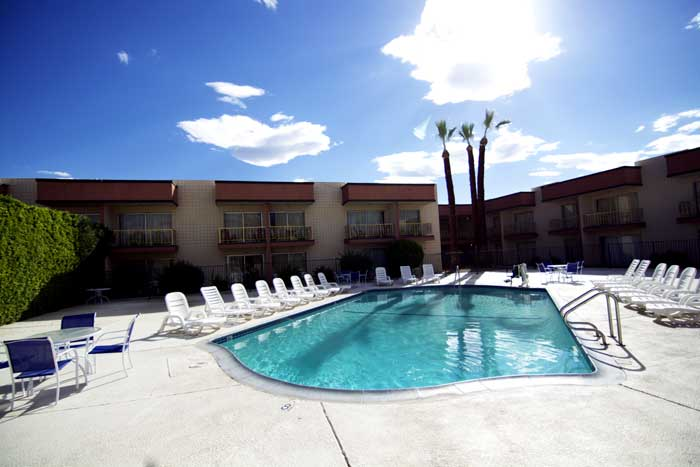 Outdoor Pool Hotels Motels Amenities Newly Remodeled Free Wifi Continental Breakfast Royal Plaza Inn Indio